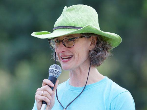 Marisa Frieder: swim organizer
