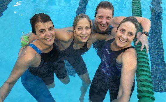 9 x 100 epostal relay Colette Crabbe, Arlene Delmage, Valerie Jenkins, Karen Andrus-Hughes